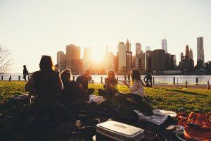 Prijatelji na pikniku