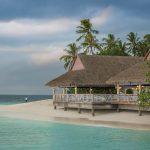 Kuća pored plaže koja pokazuje zašto je kupovina kuće na moru dobra ideja